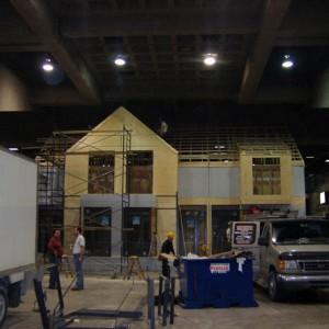 Un prototype de maison en rangée au Salon national de l'habitation, Montréal, 2007
